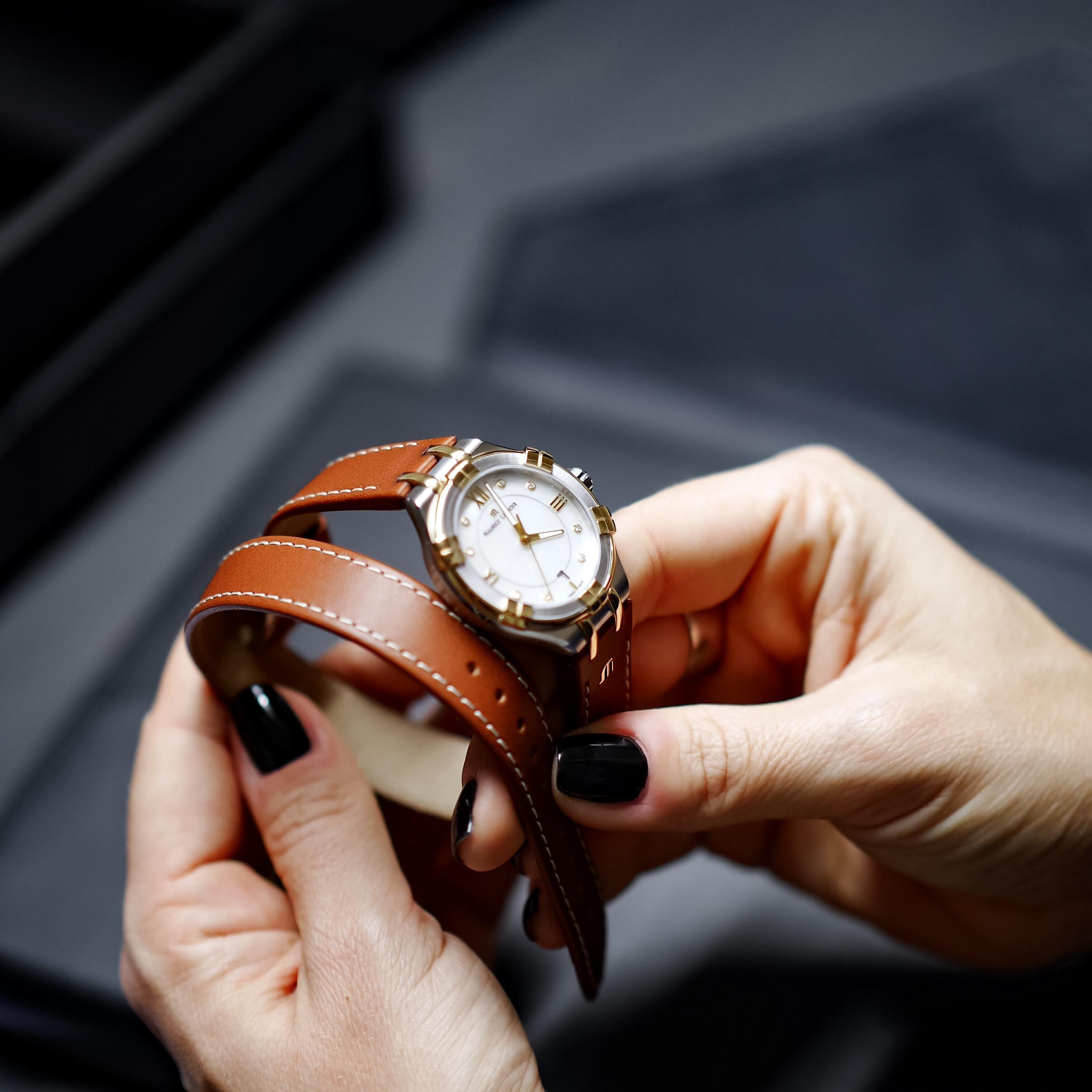 Montre Maurice Lacroix modèle Aikon bracelet double