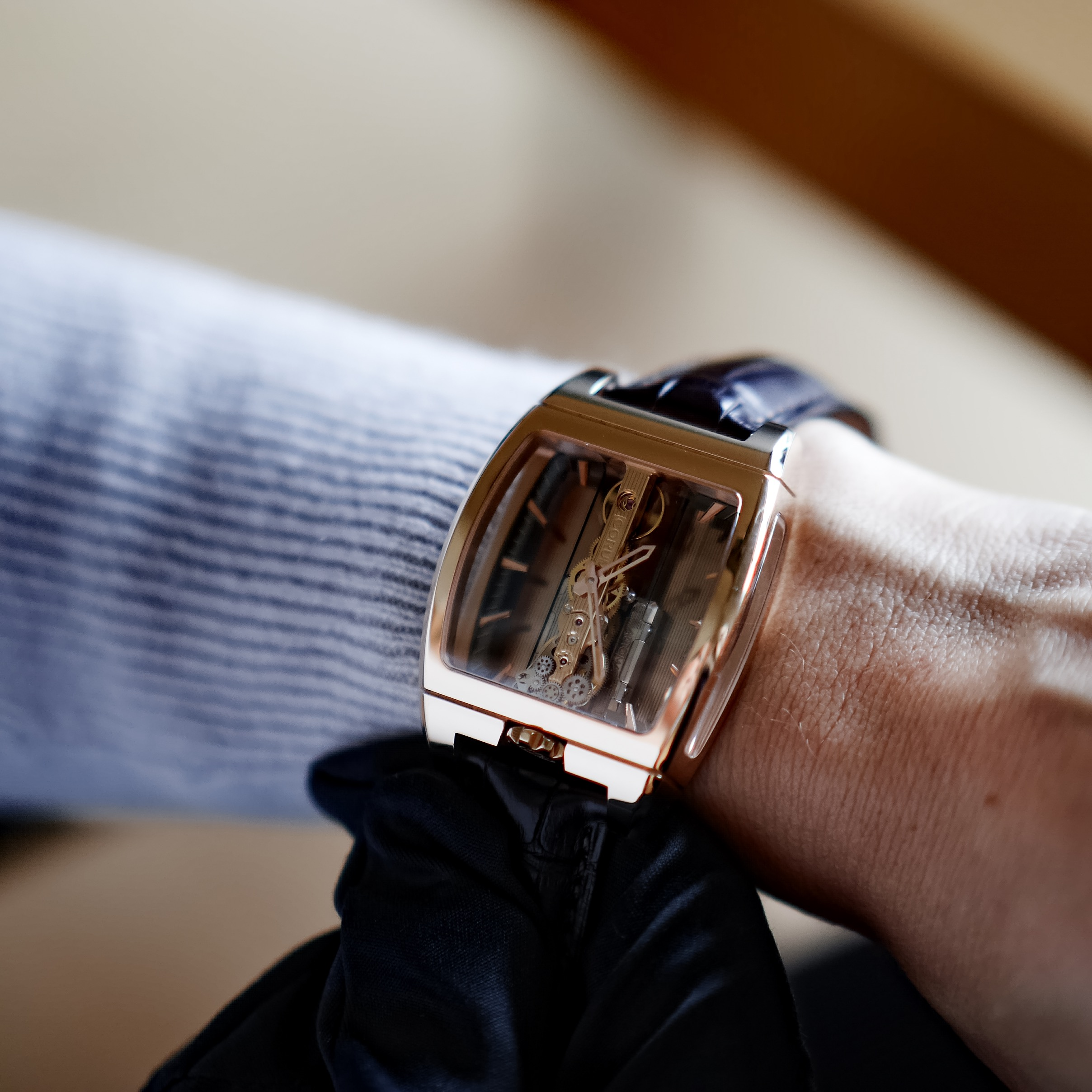 Corum Golden Bridge Montre